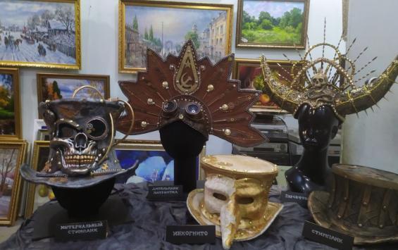 Новая выставка в галерее АЯ