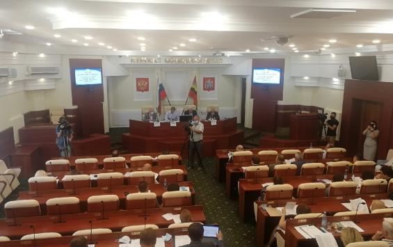 Бегство из Курской областной Думы продолжается