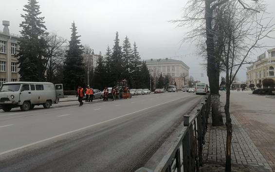 В Курске на Ленина начался ремонт дороги