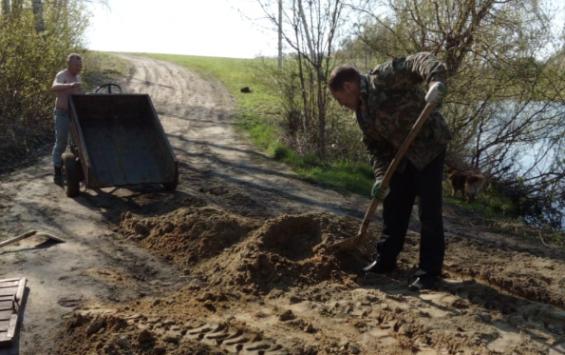 Безразличие поныровского масштаба, или как селяне выживают без дороги и воды
