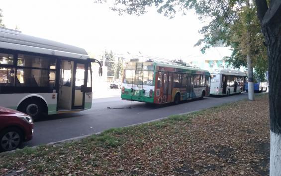 Куряне жалуются на троллейбусные перебои