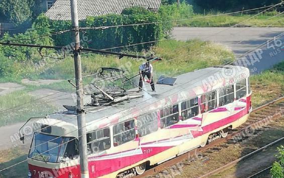 В Курске загорелся трамвай