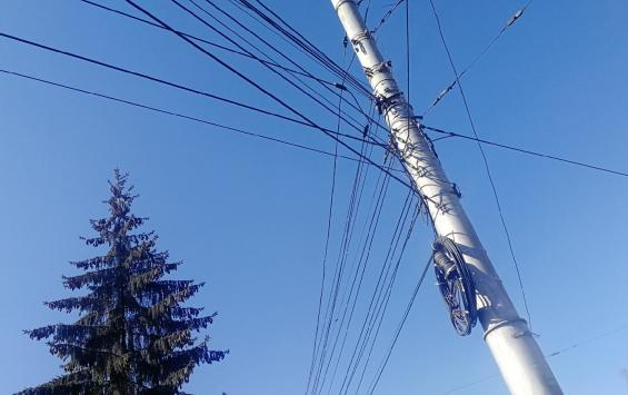 В Курске восстанавливают уличное освещение